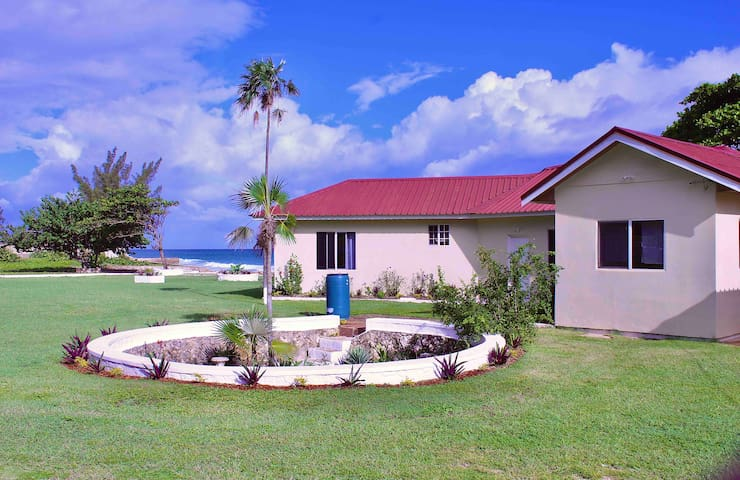 Villa Oasis: Private Beach/Ocean View