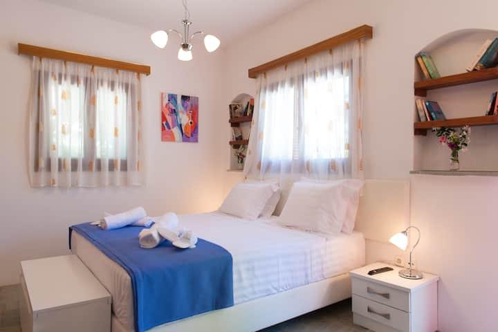 Kipos room