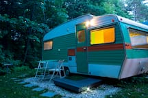 Harry the Caravan - your luxury glamping getaway in North Conway, New Hampshire