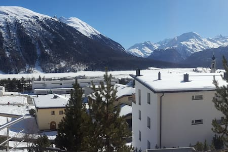 Studio of 25m2 in Engadine style - Samedan - Lägenhet