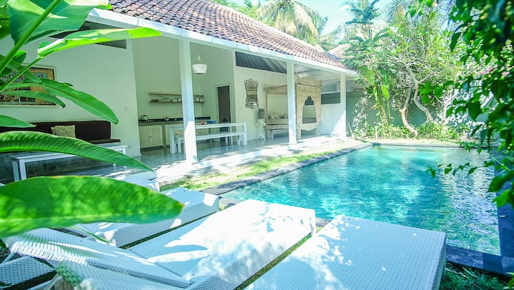 TWO BEDROOM WITH PRIVATE SWIMMING POOL