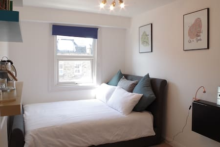 Double bedroom in Hoxton/Shoreditch - Lontoo - Huoneisto