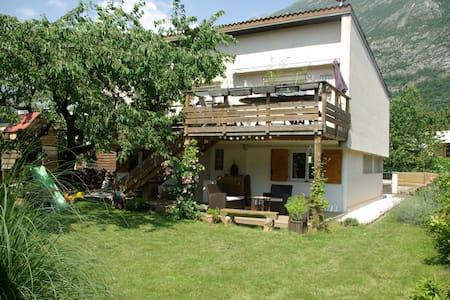 Maison à proximité de Grenoble - Saint-Egrève - Haus