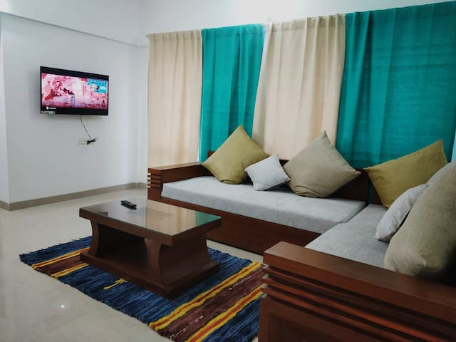 AC 2BHK Spacious Beautiful Flat in Balewadi, Pune.