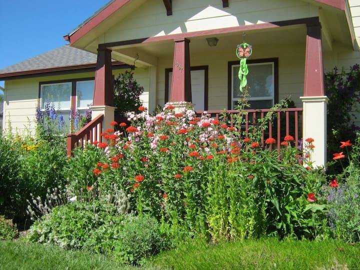 Corvallis Garden Cottage