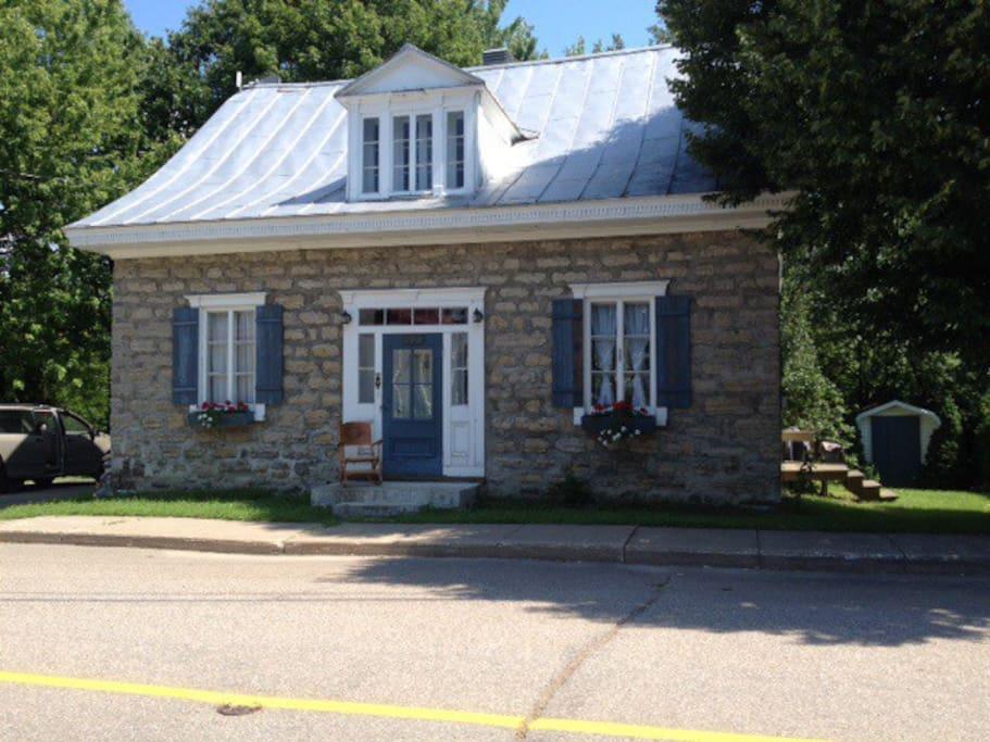 La maison de la coul e maisons louer saint justin qu bec canada for Canada maison a louer