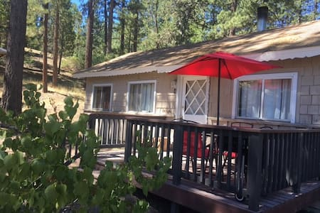 Walk to Big Bear Lake Village - Big Bear Lake - Rumah