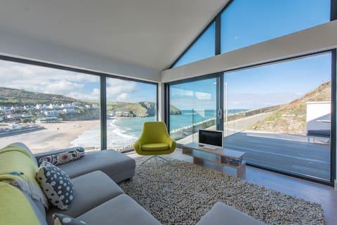 New, Beautifully Furnished, Full Sea Views