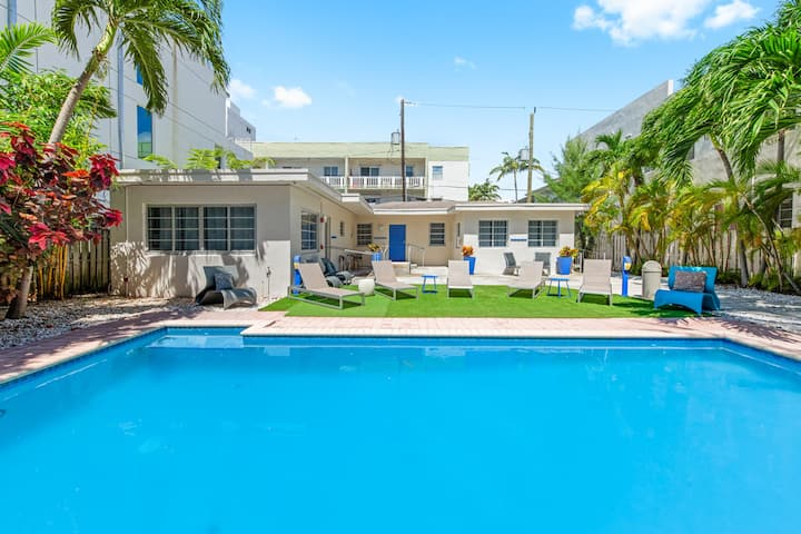 Flamingo Park Cabana style 1br with Pool access