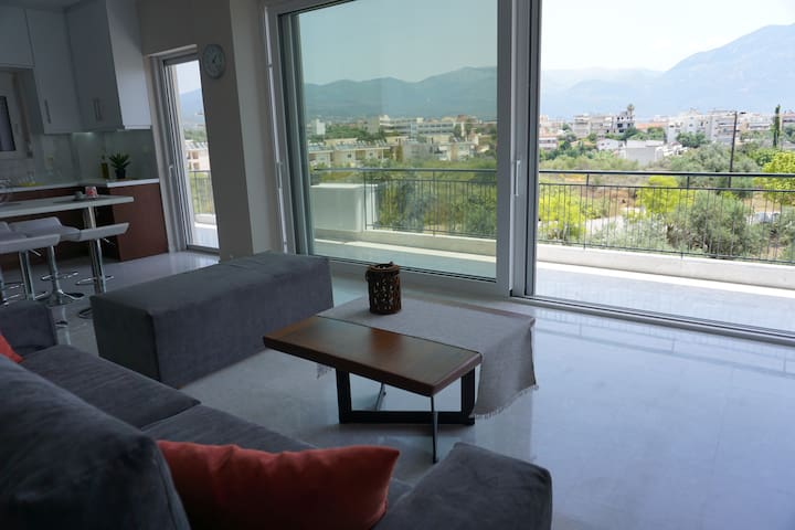 All Seasons Apartment in Kalamata Center