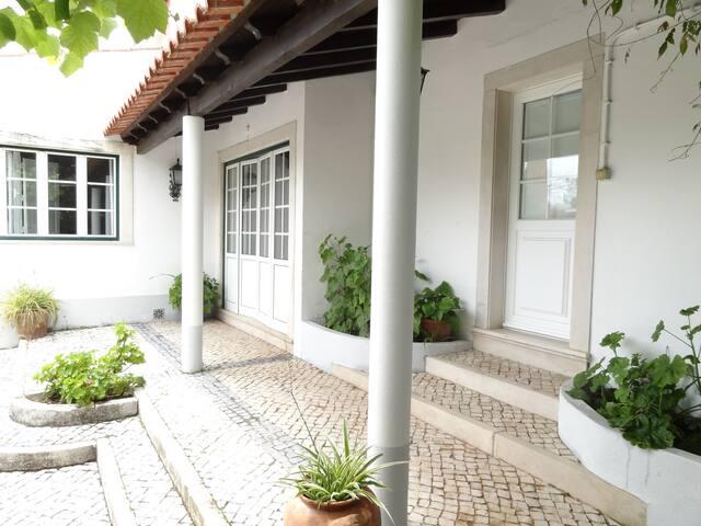 Casa dos Pocinhos-Santuário Fátima, Grutas, Tomar - Torres Novas