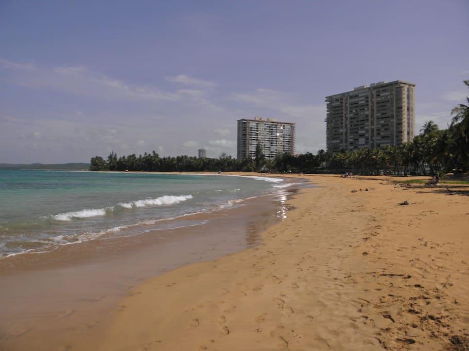 Playa Azul beach, view to the east.
