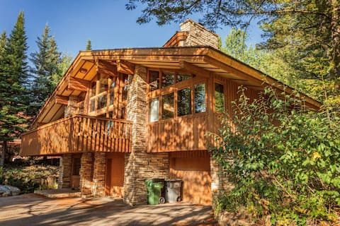 McCollister Haven Teton Village Ski Chalet with Vaulted Ceilings, Fireplace