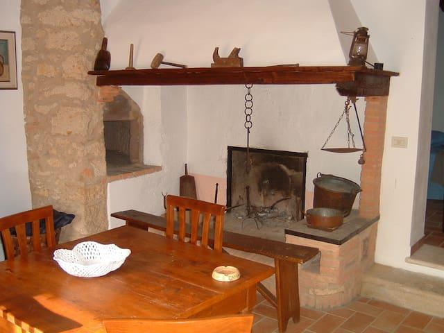 Bozzanino Farmhouse in Tuscany (Italy) - Casciana Terme - Willa