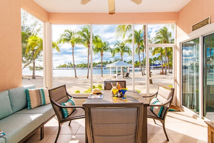 Peace of Kai - Waterfront Condo in Rum Point
