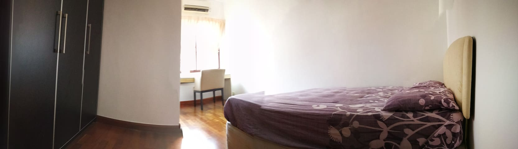 A beautiful single room at Bukit Jelutong