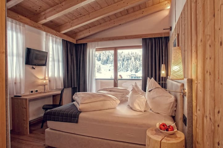 "Alpine Hotel Gran Foda'  ""Suite"" or three-bed room"