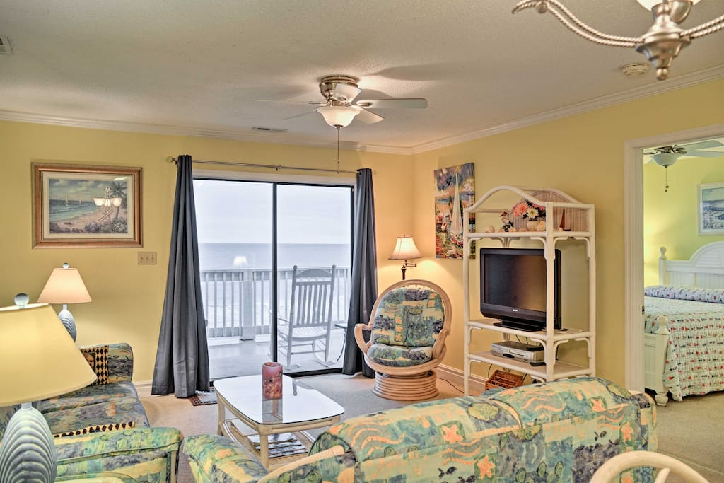 This beach themed home offers all the amenities and comforts of home.