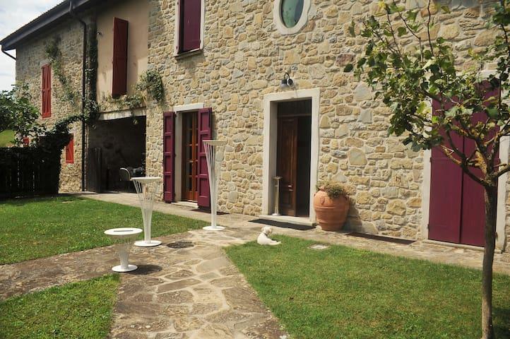 L'Ulivo_Agriturismo Campo del Pillo - Castelnovo Ne' Monti - House