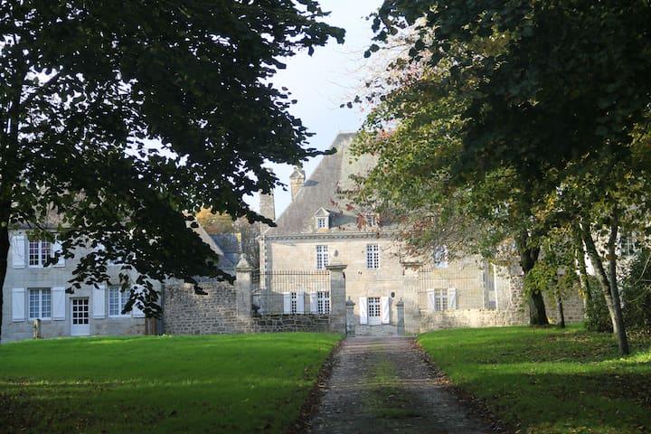 Pavillon du régisseur, Château de Trégarantec