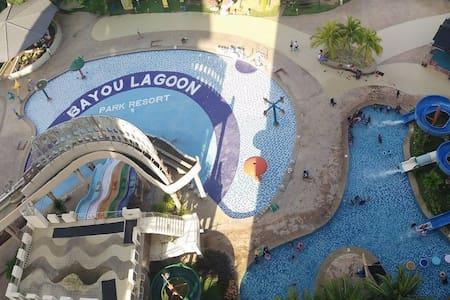 Bayou Lagoon - studio room jacuzzi