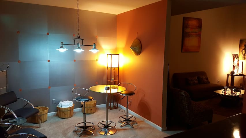 Full access to dining, kitchen appliances, washer/dryer, bottled & filtered water
