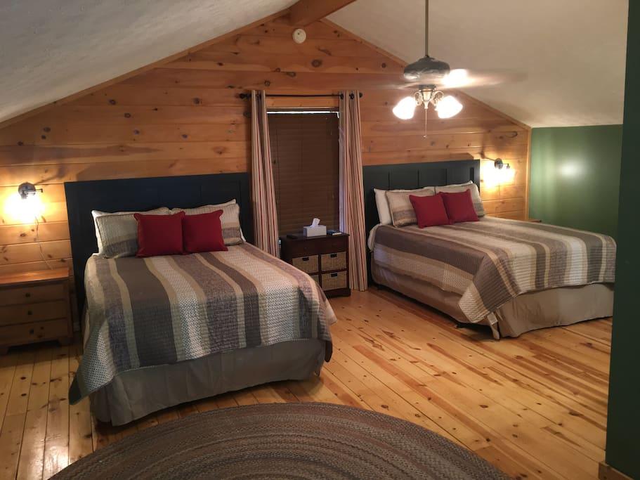 Queen Room Loft