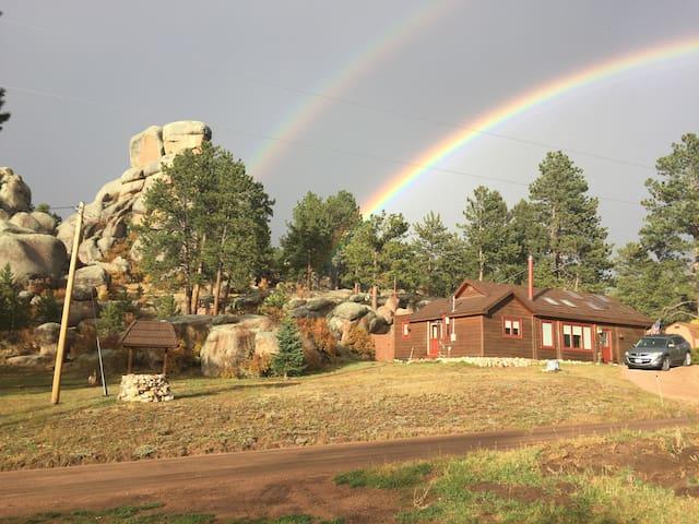 Twin Rock Cabin - Florissant - Cabane