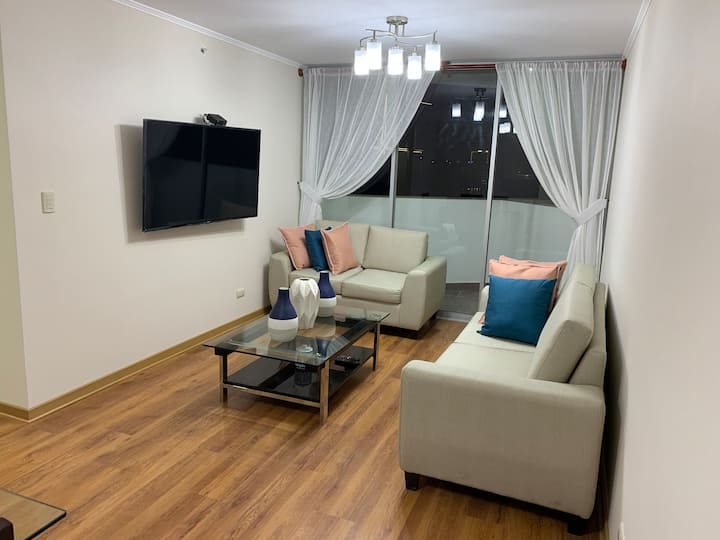 Beautiful apt in the heart of Lince & San Isidro