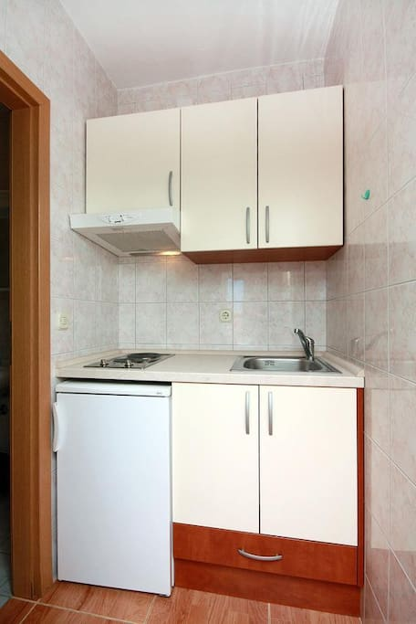 Kitchen, Surface: 2 m²