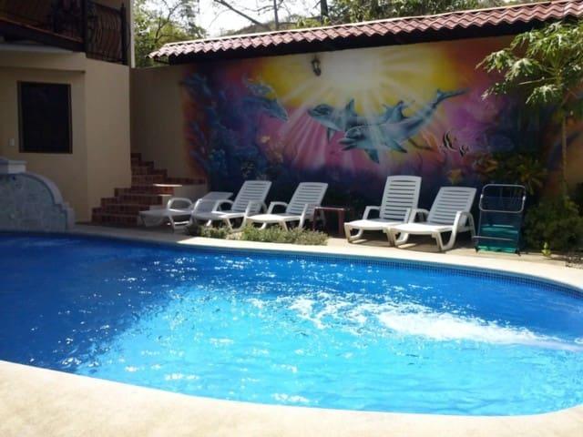 Room ( 5 Pax) - El Sueño De Ela - Playa Hermosa - Dům