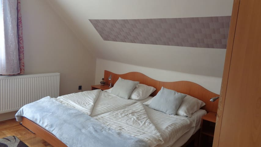 Csillag Apartmanház 3-as szoba