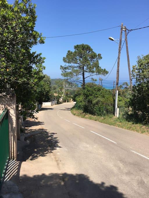 Route de La Testa vers la plage