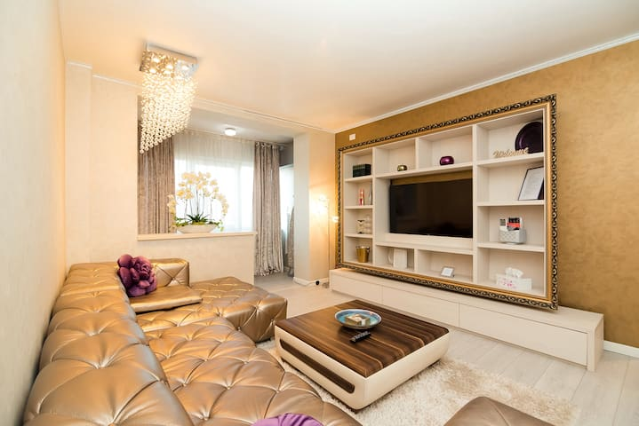 Super Luxury apartment , 1,6 km to the City Centre