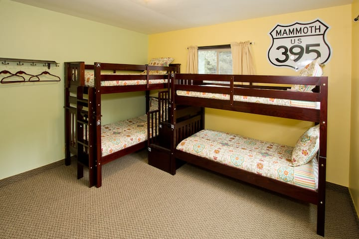 MODERNE HOSTEL- Bed In 4-Bed Male Dormitory Room