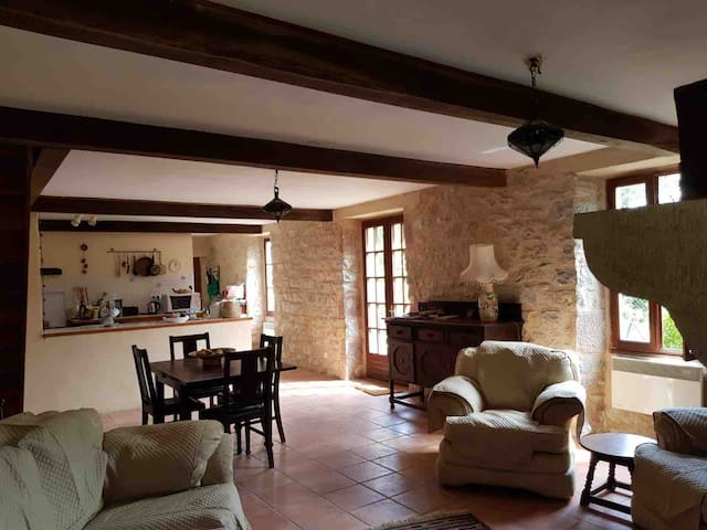 Valley Views - a beautiful stone cottage