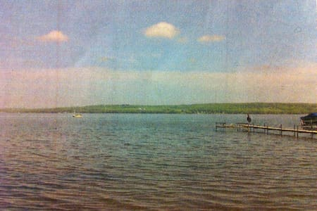 Open grass lakefront lot. Tent right on the lake. - Lakewood - Tente