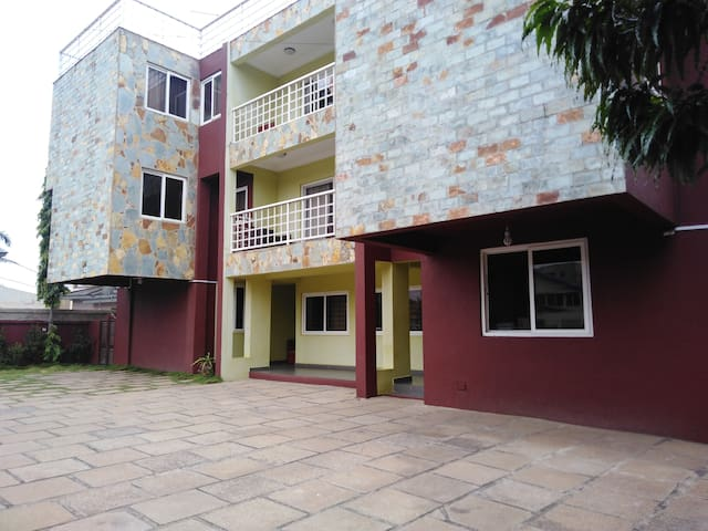 FURNISHED 3 BEDROOM APARTMENT @ NYANIBA ESTATE OSU