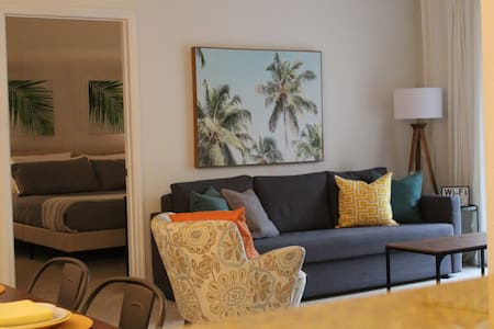 Premium Tuscana Resort Condo - Minutes to Disney!