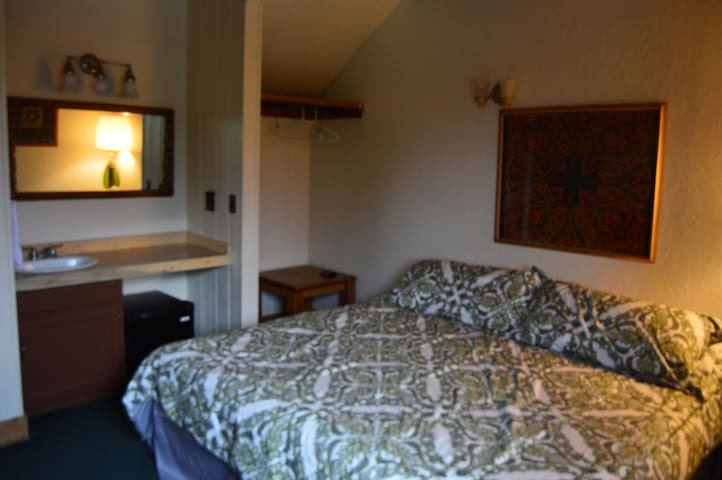 Hotel Room King Bed in Winter Park - US - Autre