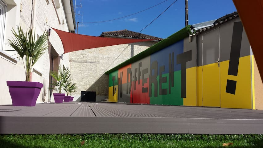 Villa loft privatisé avec piscine chauffée Loudun