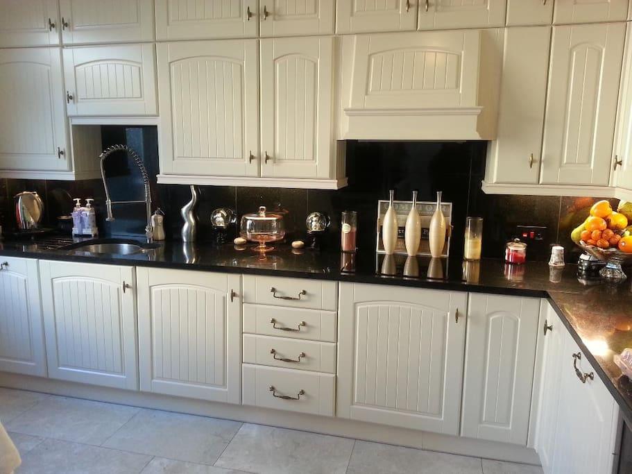 Fantastic top of the range kitchen!