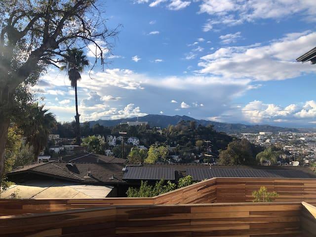 Serene Hillside Apartment with Panoramic Views