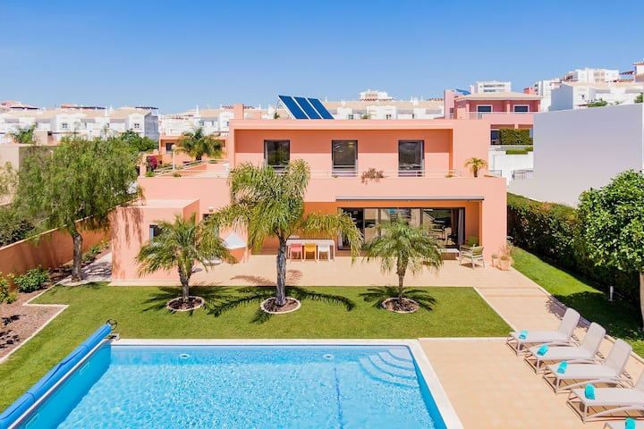Villa with free high speed Wi-Fi   A/C   private pool [can be heated]   garden   near beach and town centre [RLAG44]