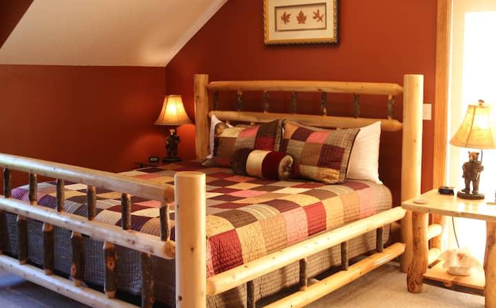 Aspen Room - Woodland Trails Bed & Breakfast