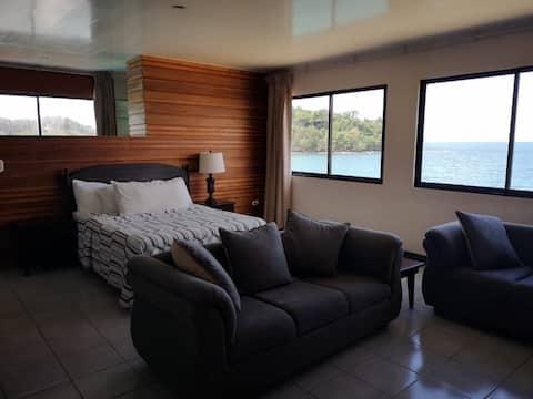 Alojamiento con vista al Mar Caribe!!