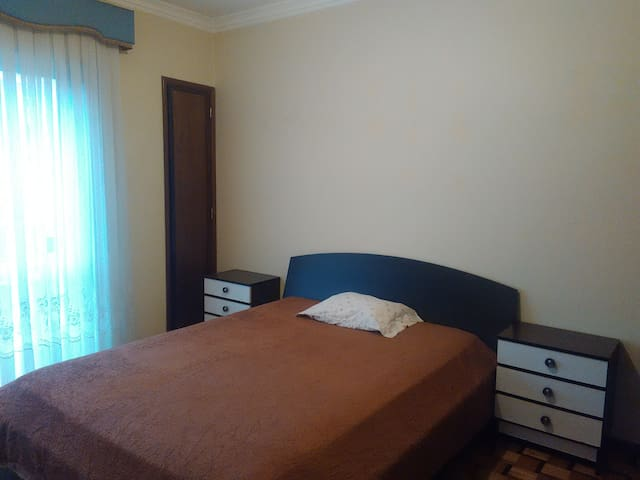 2 Rooms in Gualtar