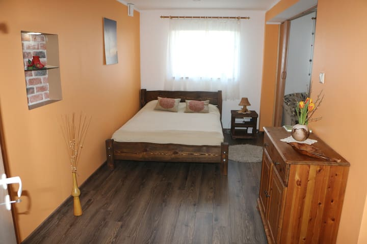 cozy apartment in private house nearly city center