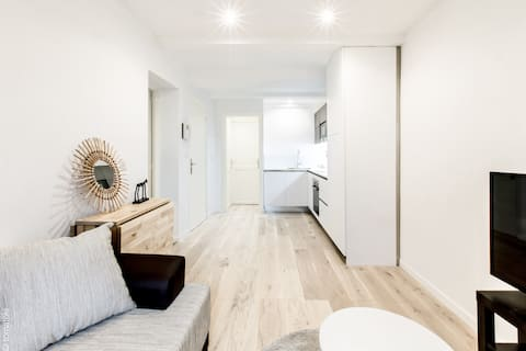FRESHLY RENOVATED FLAT IN OLD TOWN PICASSO MUSEUM