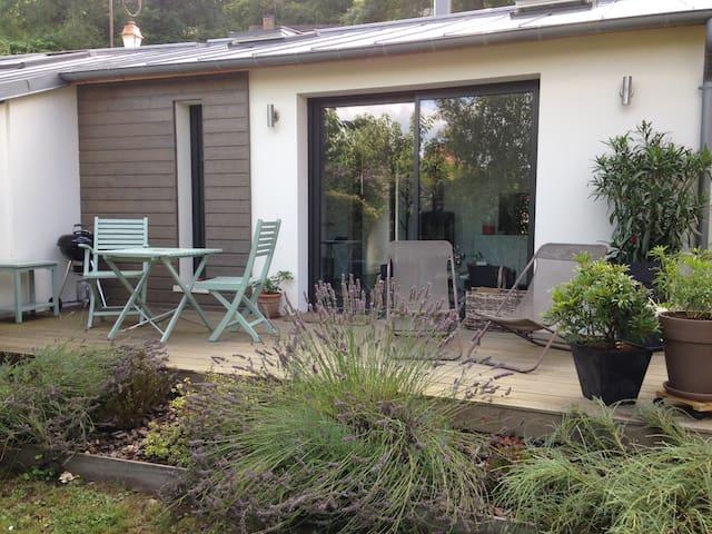 LA CABANE - Maisonnette de 34m2 pour 2 personnes - Villennes-sur-Seine - House